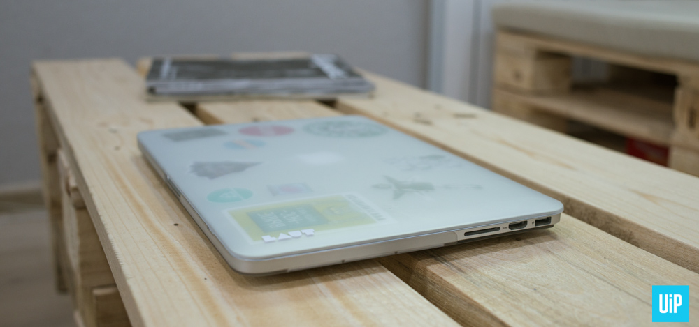 LAUT-HUEX-macbook-hard-case-review-004
