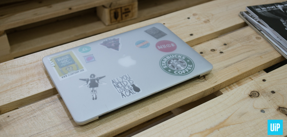 LAUT-HUEX-macbook-hard-case-review-006