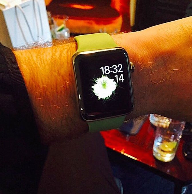 sam-smith-apple-watch