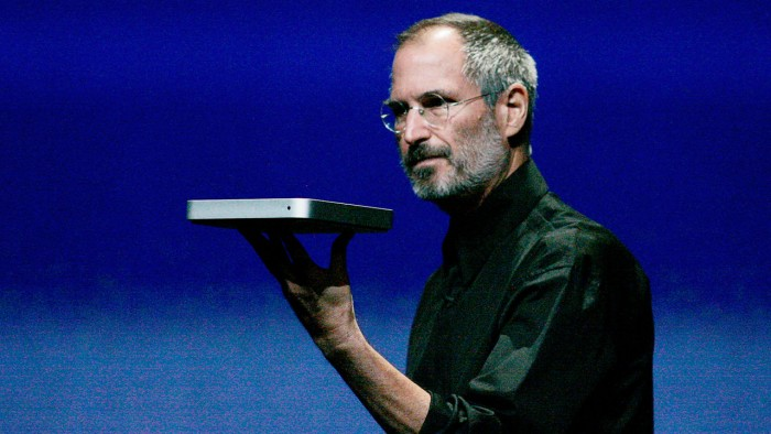 3043645-poster-p-1-steve-jobs-telling-jony-ive-apple-would-never-try-to-make-a-tv-again