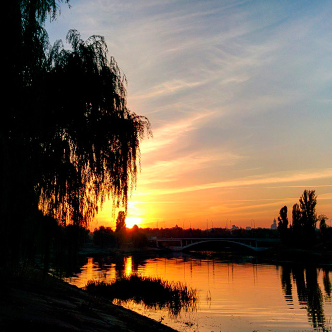 How to shoot sunset on iPhone