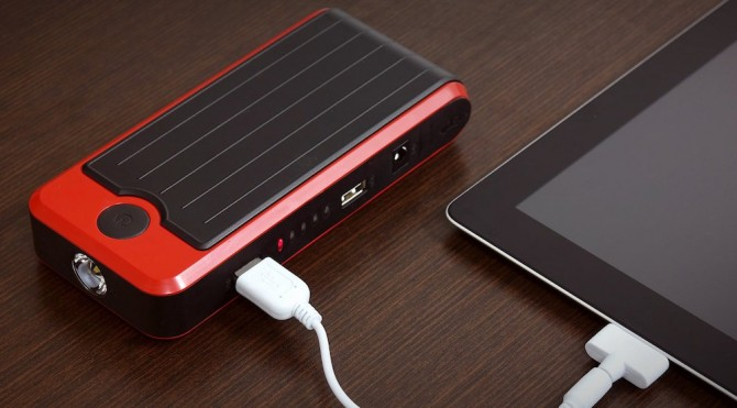 PowerAll-Portable-Power-Bank-and-Car-Jump-Starter-iPad-Charger