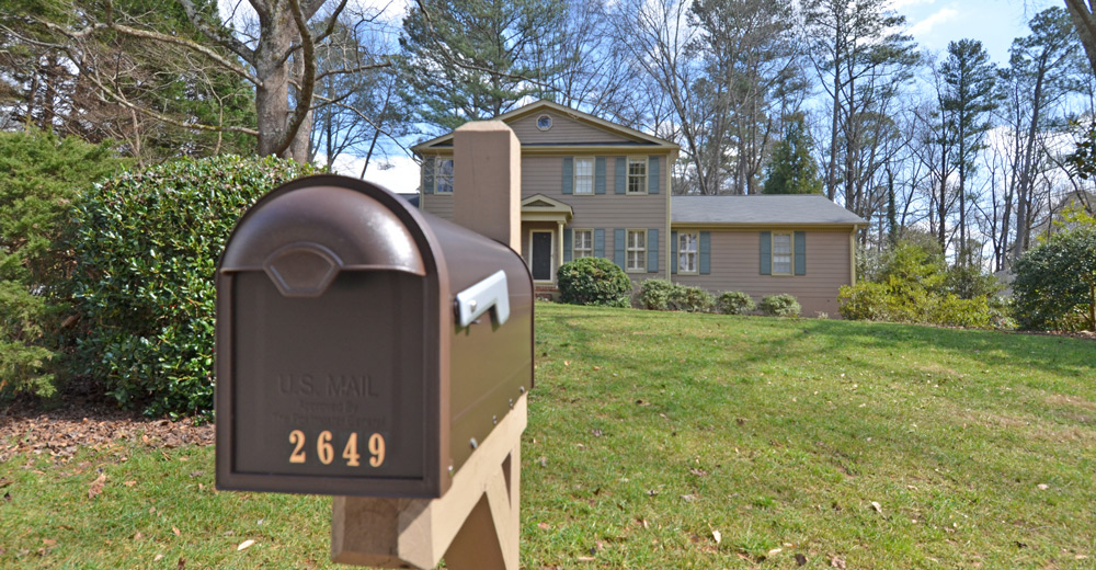 2649-Apple-Orchard-Rd-mailbox-hero