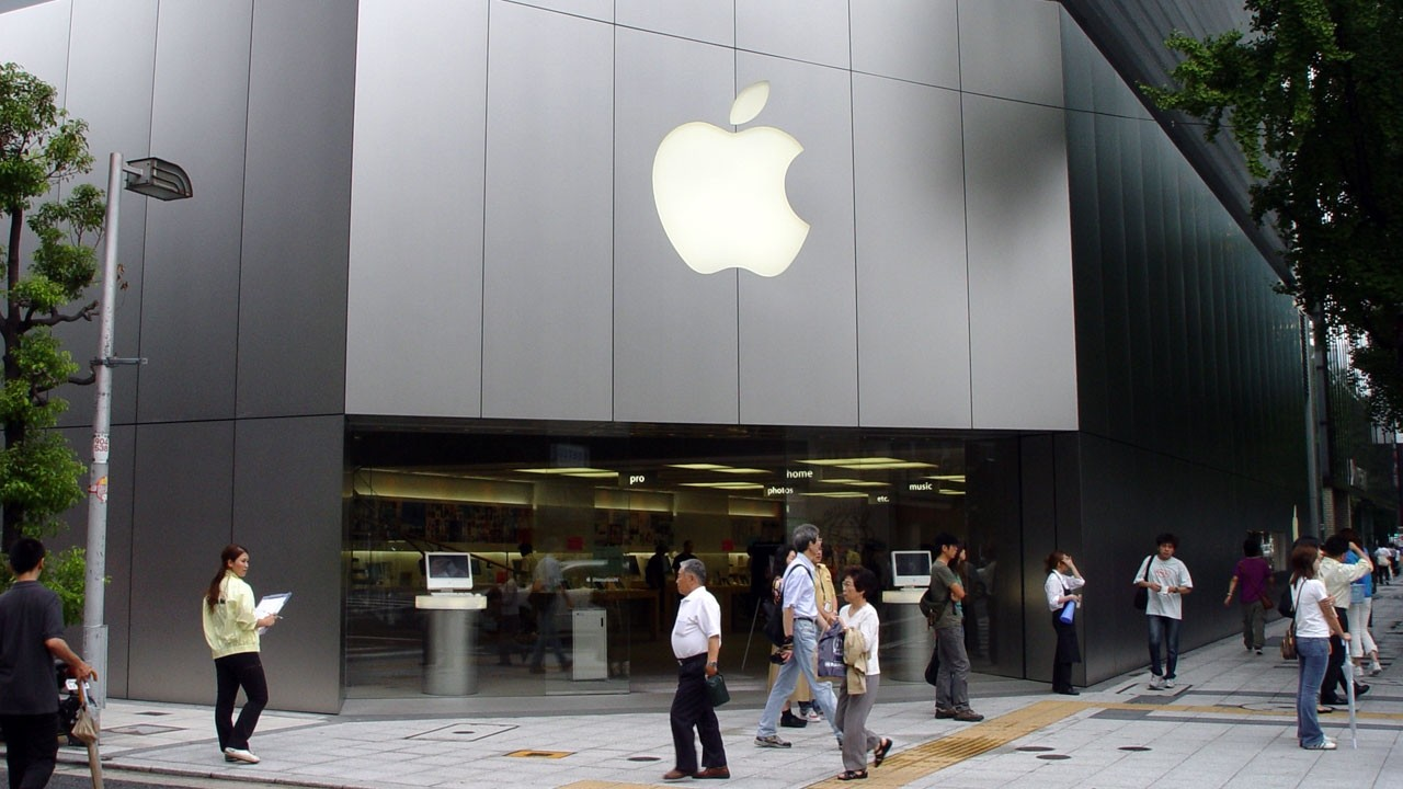 46690_01_fake-apple-factory-busted-china-9-arrested-far_full