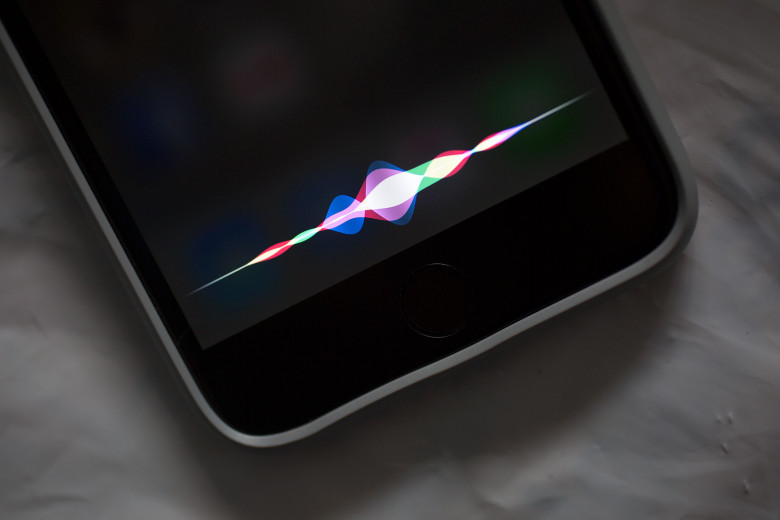 hackers-can-silently-access-siri-and-google-now-on-your-phone-image-cultofmaccomwp-contentuploads20150920140914_iOS9-illos_0056-780x520