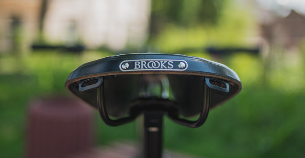 brooks-saddle-hero