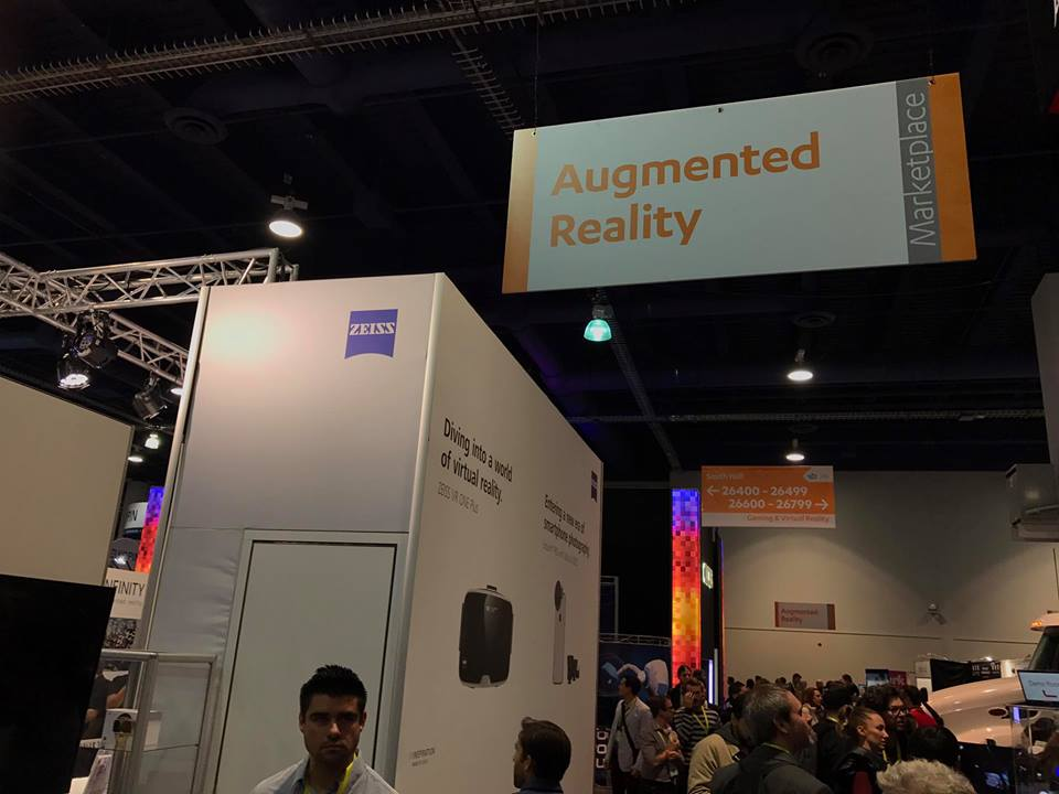zeiss-booth-ces