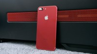 red-iphone-unboxing